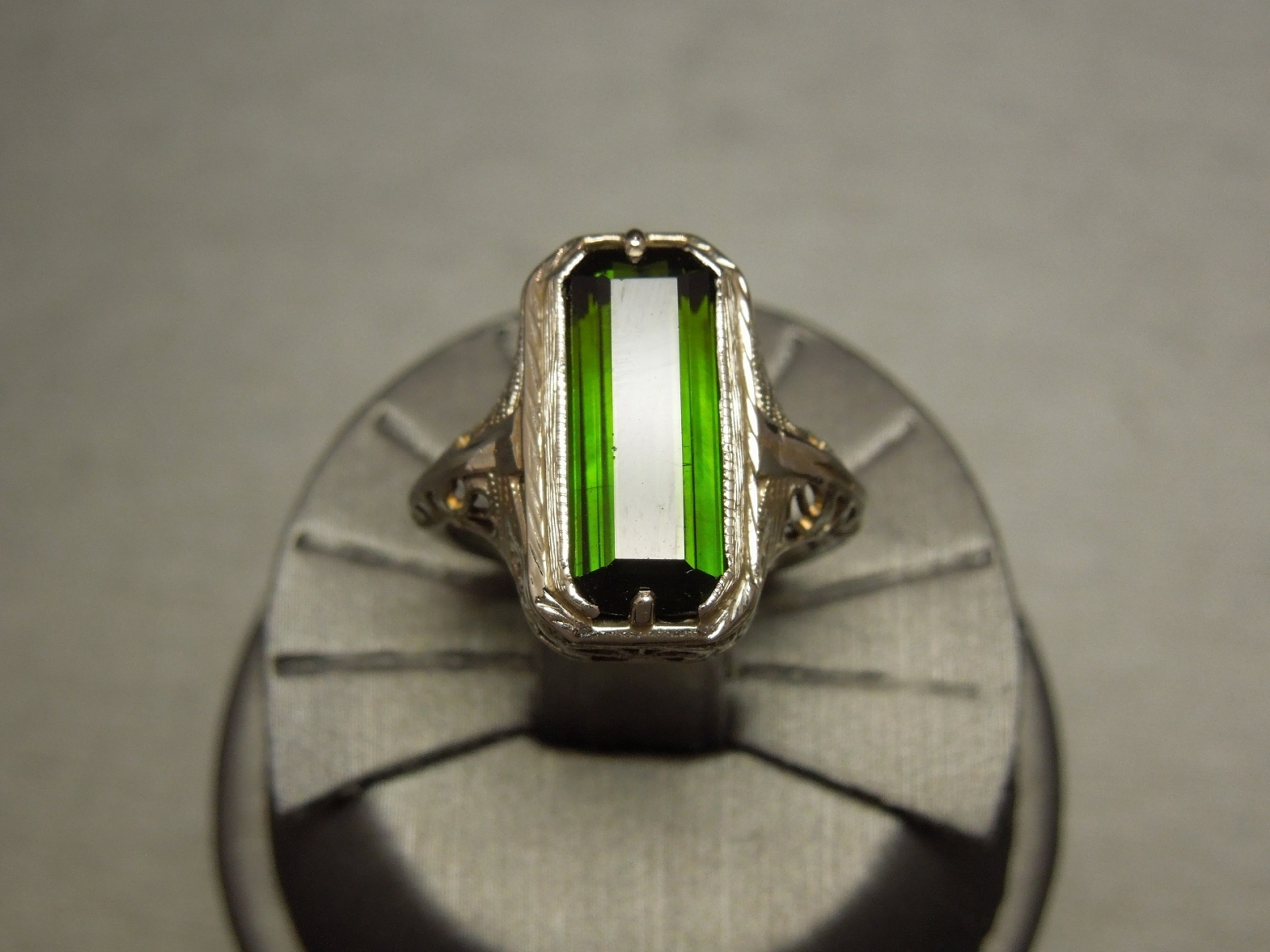 Antique Green Tourmaline Ring 6ct 18k Wg Filigree C1910