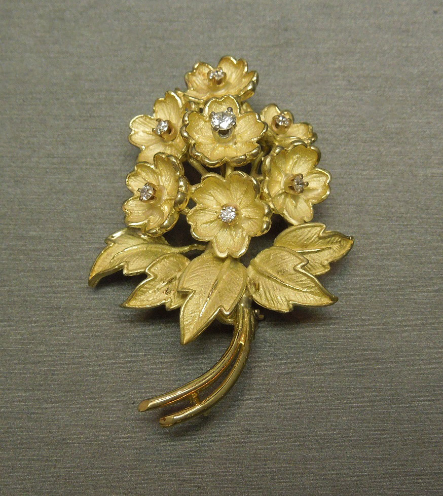 German 18k 1 12tcw Floral Diamond Bouquet Pin Pendant C1960