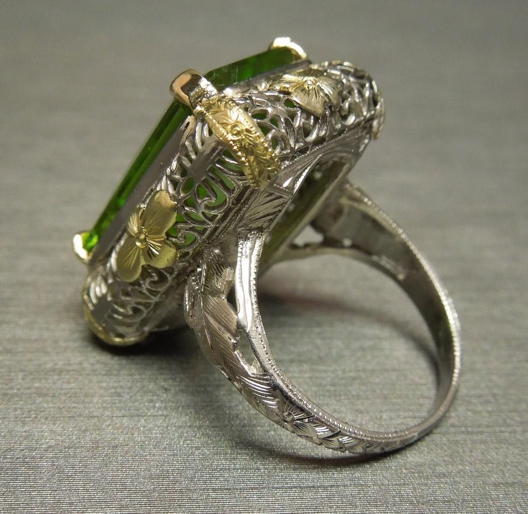 Antique Peridot 18k White Green Gold Filigree Dinner Ring