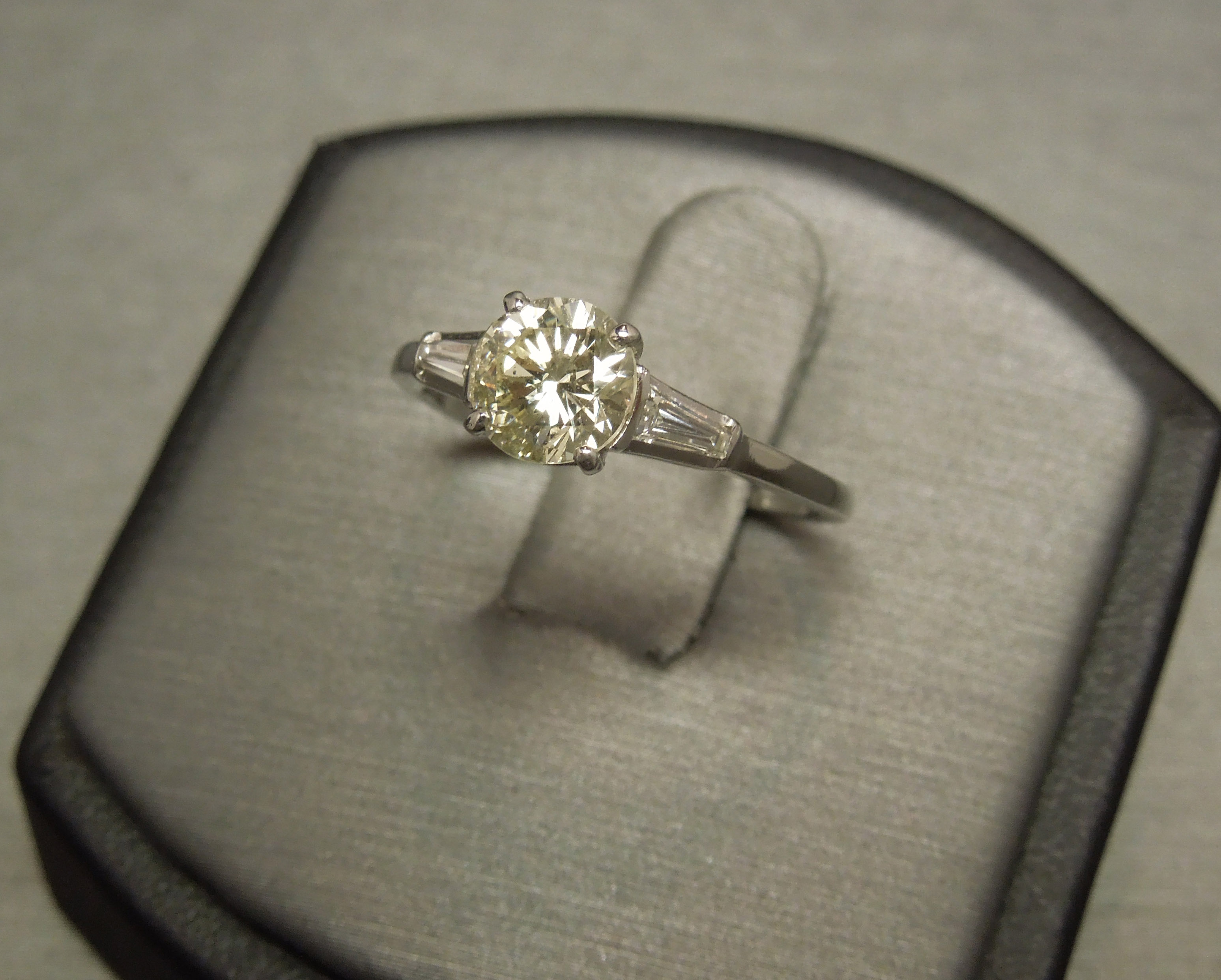 Platinum 1 18tcw Light Green Diamond Classic Engagement Ring